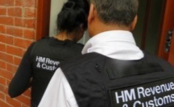 Three UK advisers arrested in offshore tax fraud