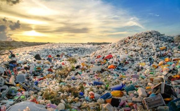 Comment: Closing the loop on plastic waste