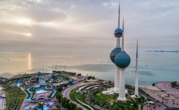 40,000 Kuwait expats stranded abroad to lose residency